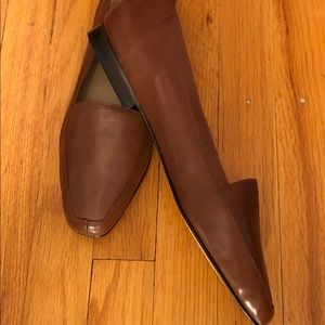Soft leather flat shoe - never worn